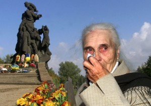 Lady Crying - Photo by: REUTERS