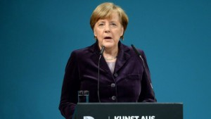 German chancellor Angela Merkel speaks on January 25, 2016 in Berlin during the opening of the exhibition 'Art from the Holocaust -100 Works from the Yad Vashem Collection' (BRITTA PEDERSEN/POOL/AFP)