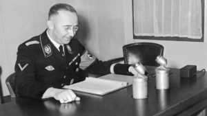 himmler-desk-afp-635x357